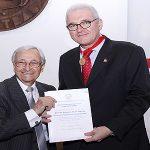 Academia Paraense de Letras homenageia reitor da UFPA
