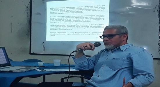 COLINS realiza palestra de combate ao racismo na educação superior